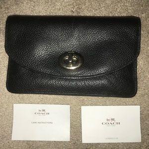 COACH black women's wallet